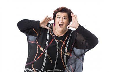 Millä eritteellä irtoaa parhaat naurut, stand up -koomikko Anitta Ahonen? #kysykoomikolta